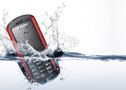 Solusi Apabila Handphone / HP Kemasukan Air