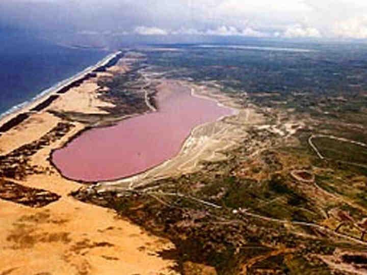danau pink 2