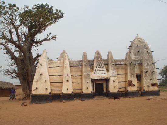 masjid larabanga